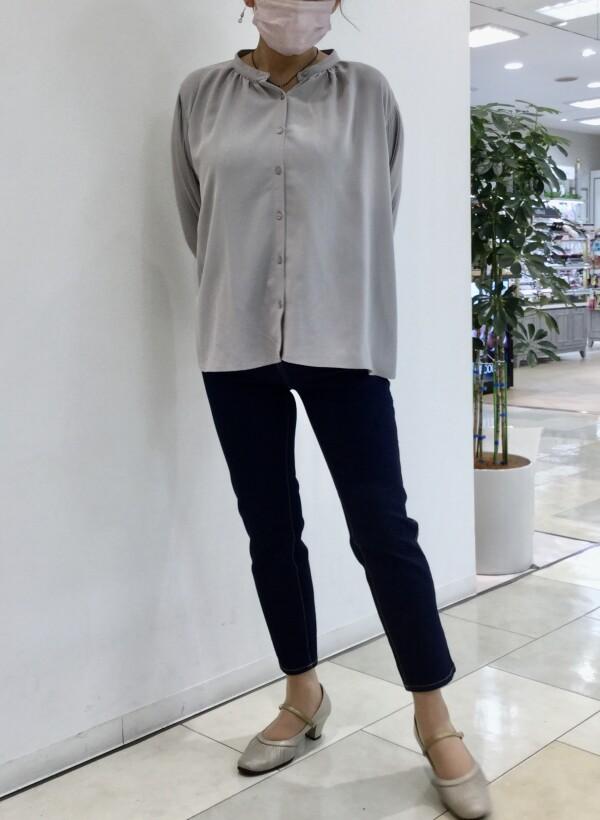 クロップド丈のジーンズ入荷しました🎶