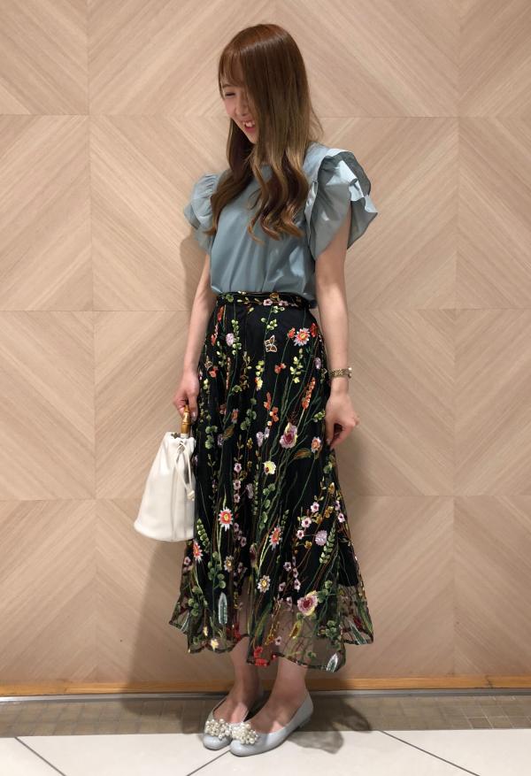 チュール×刺繍スカート
